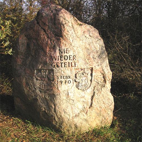 Gedenkstein Priwall-Grenze