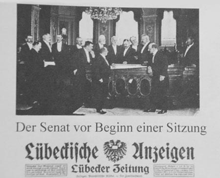 Lübecker Senat vor Beginn einer Sitzung