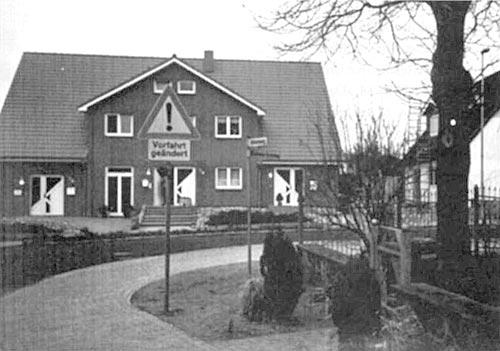 Verkehrsschild Mühlenberg/Ecke Brodtener Kirchsteig